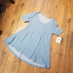 NWT Lularoe Perfect T Patterned Shirt